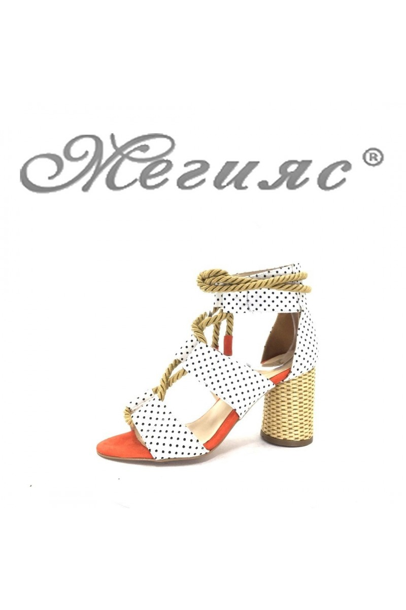 7676-2-М Дамски сандали от текстил и велур на широк ток