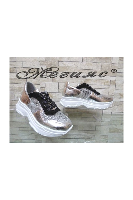3311 Дамски спортни обувки сребристи
