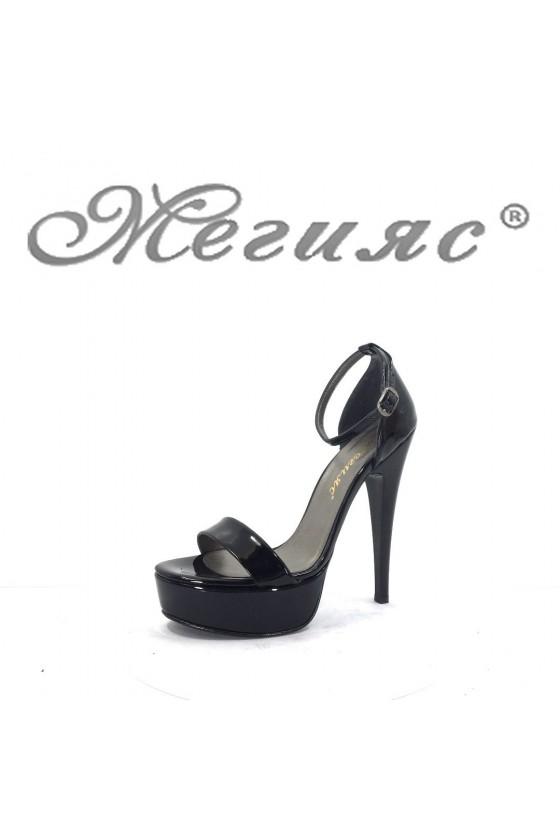890-1 Дамски елегантни сандали черни лак на висок ток