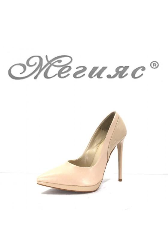 466 Дамски обувки бежови кожа с лак елегантни на висок ток