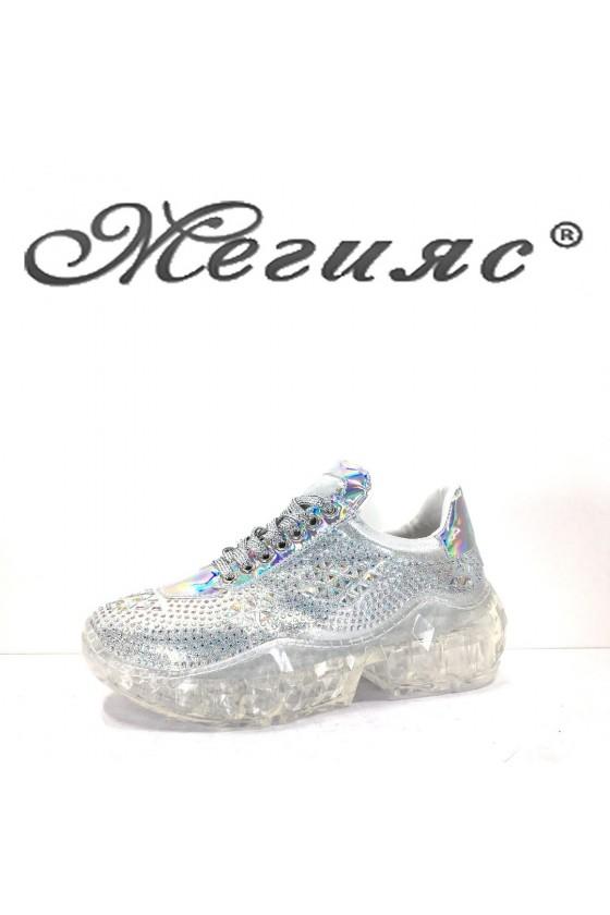 95 Дамски спортни обувки сиви тип маратонки