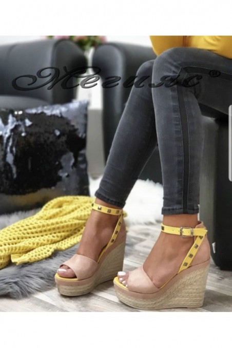 612 Lady platform sandals nude suede