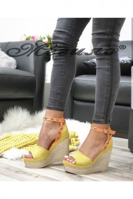612 Lady platform sandals yellow suede