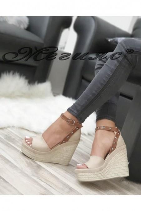 612 Lady platform sandals beige suede