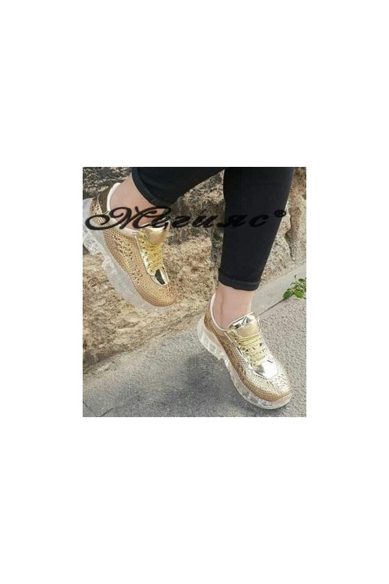 95 Lady sport shoes gold PU