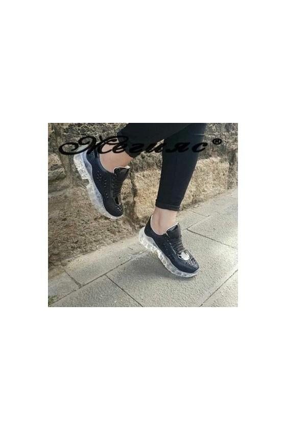 95 Дамски спортни обувки черни тип маратонки