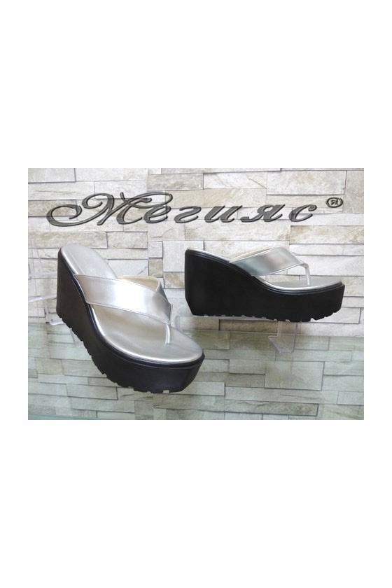 11-251 Дамски чехли на платформа от еко кожа