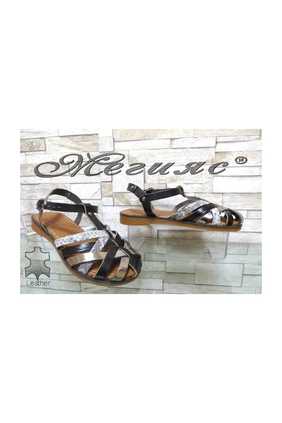 811 Дамски сандали чисто черни равни от естествена кожа