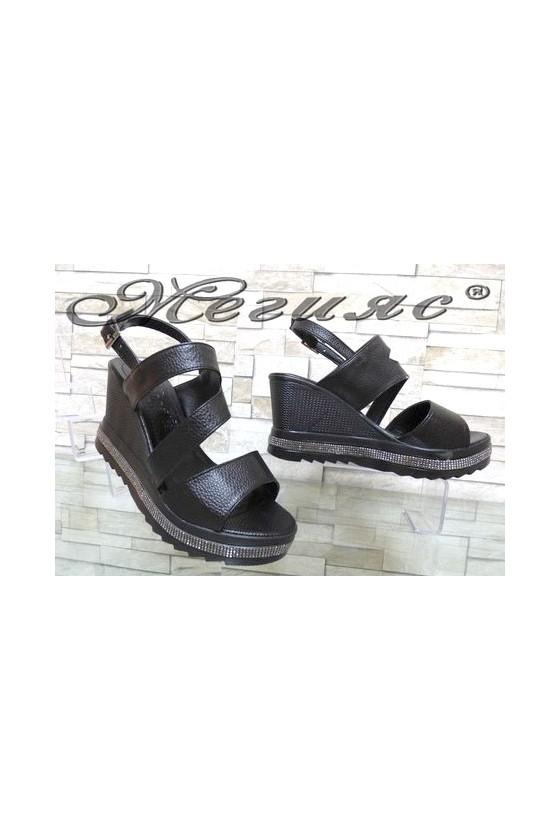 9997 Дамски сандали черни на платфрма