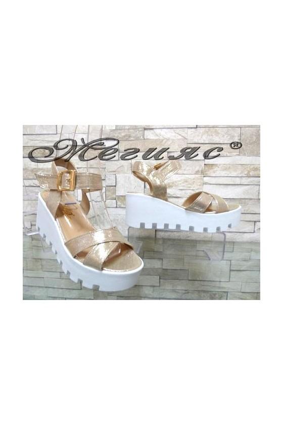 9991 Women platform sandals gold pu