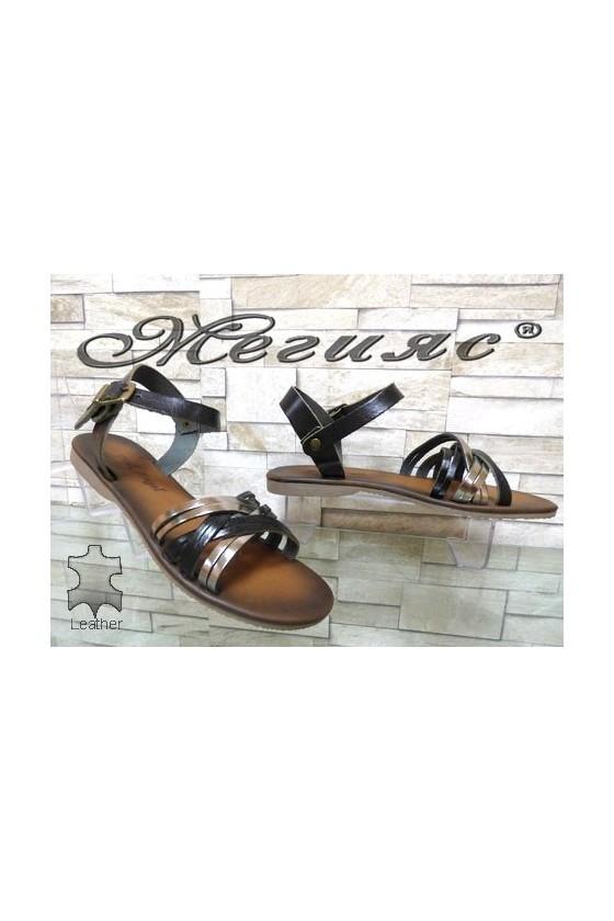 805 Дамски сандали черни със сребристо от естествена кожа