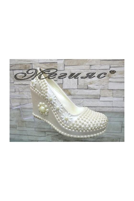513-12 Lady platform shoes white