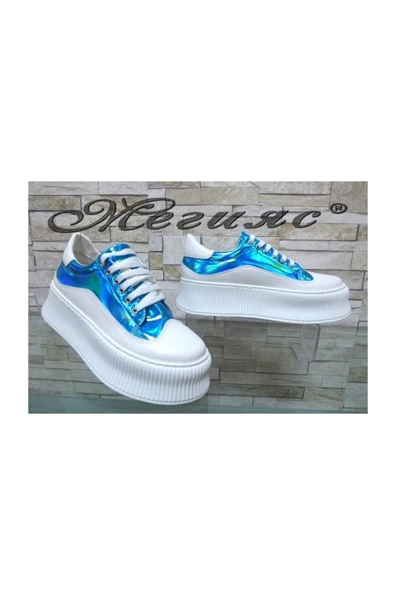 9-К Дамски спортни обувки бели със синьо от еко кожа