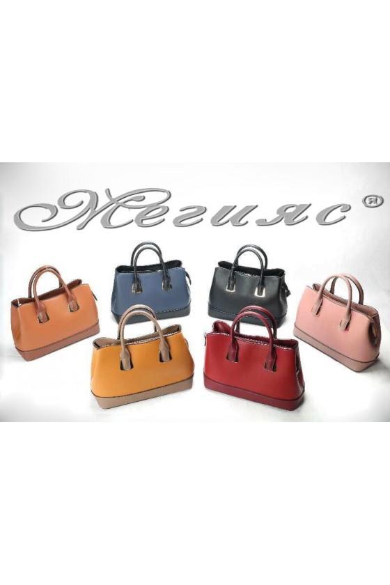 38004 Дамска чанта от еко кожа