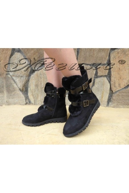 Christine 19-1420 Lady boots black suede with fur