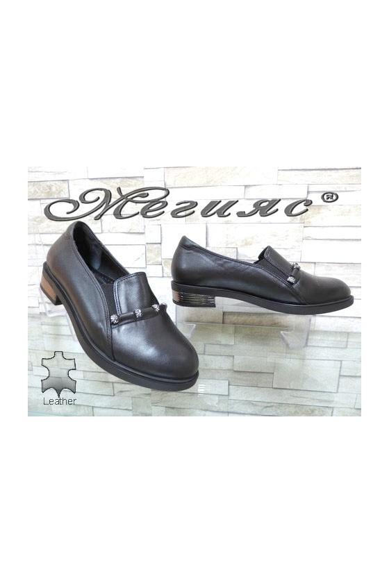 8007-18 Дамски обувки черни от естествена кожа ежедневни