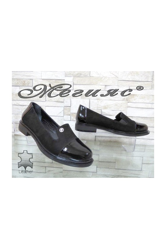 81-200-25 Lady shoes black suede