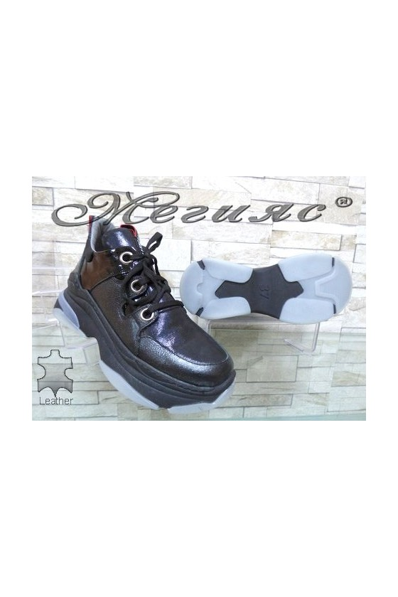 1206-1246 Lady shoes black leather