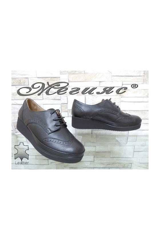 1014 XXL Lady shoes black leather
