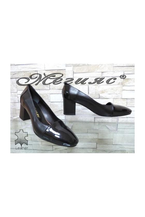 128-1-5 Дамски обувки черни елегантни от естествена кожа