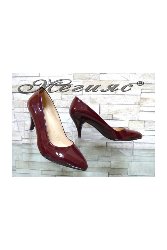 117 Дамски елегани обувки цвят бордо лак