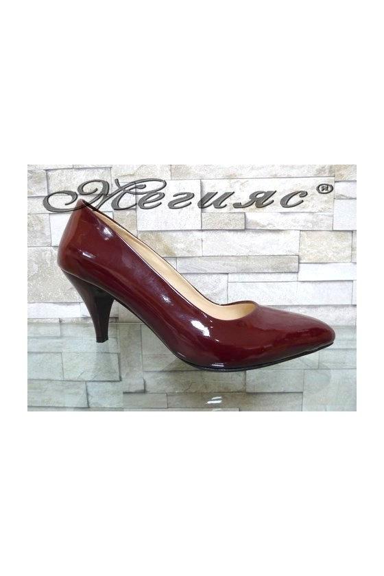 117 Дамски елегантни обувки цвят бордо лак