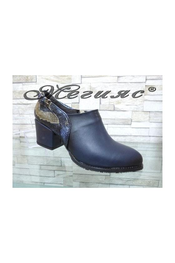 203-А Дамски обувки сини на широк ток