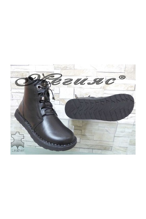 7560 Lady boots black leather