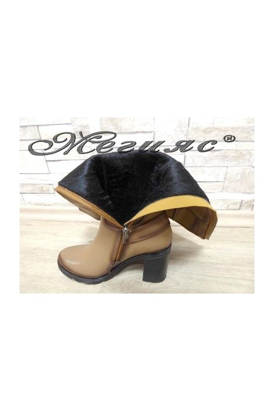 7504 Lady boots beige pu