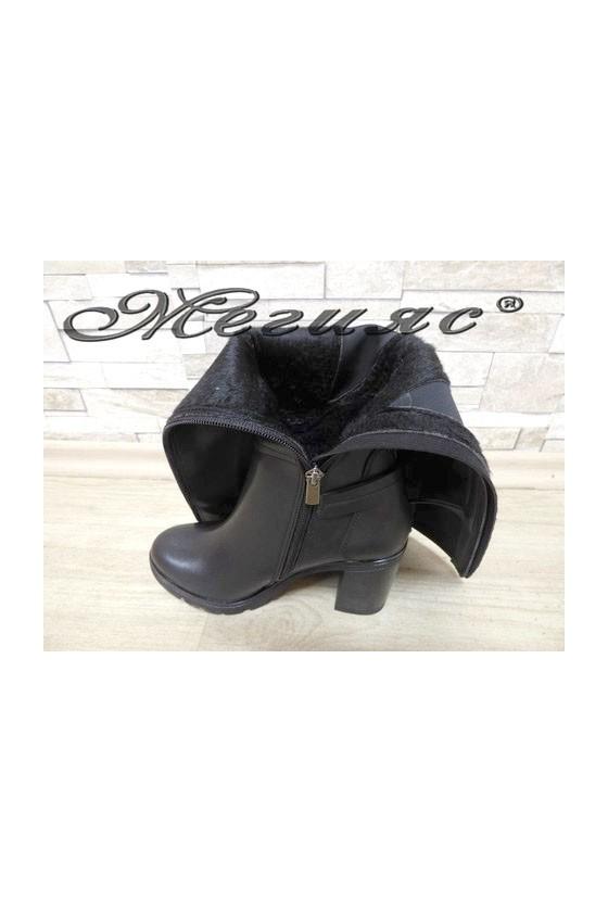 7501 Дамски ботуши черни на широк ток от еко кожа