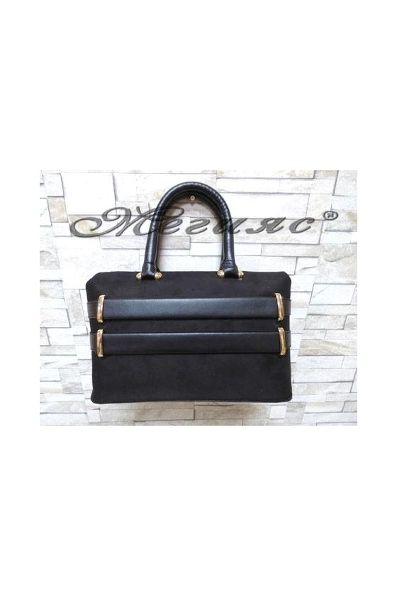 5029 Дамска чанта черна от велур