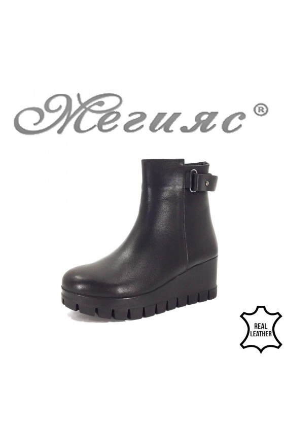 1952 Lady boots black leather