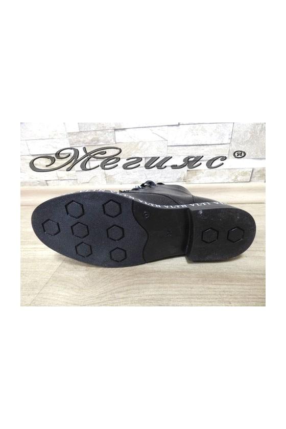 090  Дамски боти черни лак тип кубинки от еко кожа