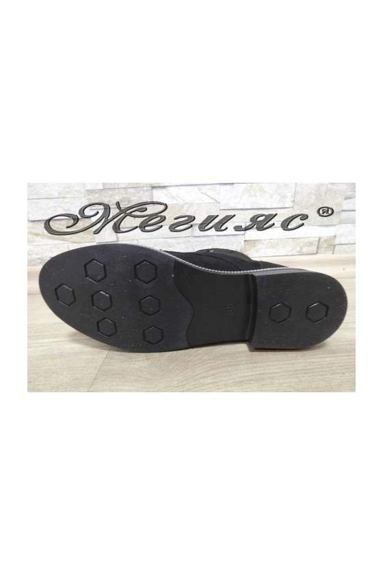 044 Lady boots black suede