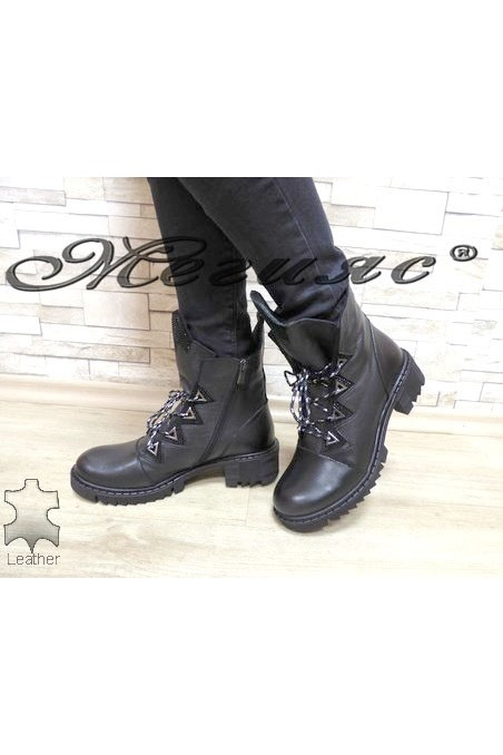 9087 Lady boots black leather