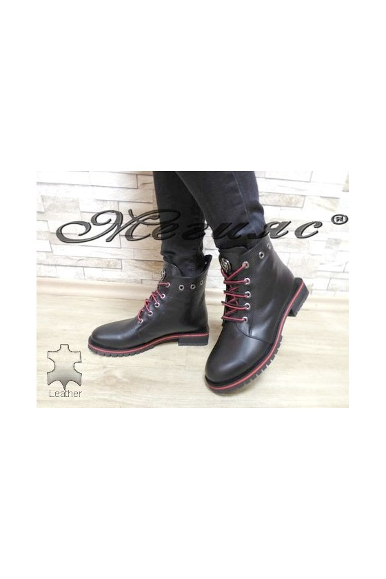 5305 Women boots black/red...