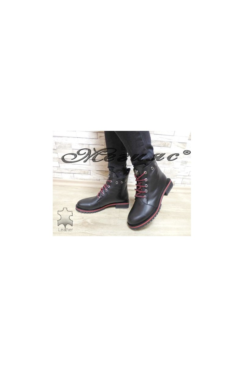 5305 Women boots black/red leather