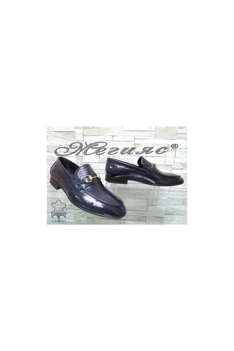 0001 Мъжки елегантни обувки сини от естествен лак с кроко шарка