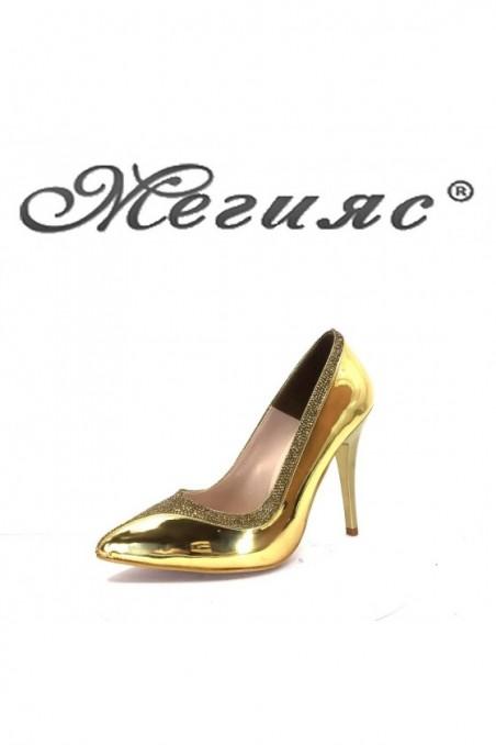006601 Дамски обувки златни елегантни на висок ток