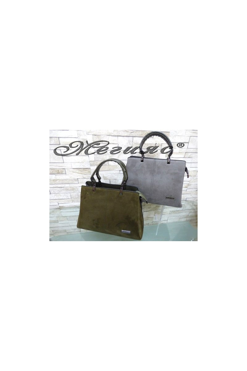4960 Дамска чанта от велур