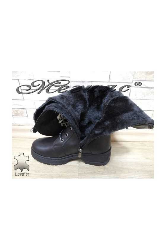 403-68 Women boots black leather