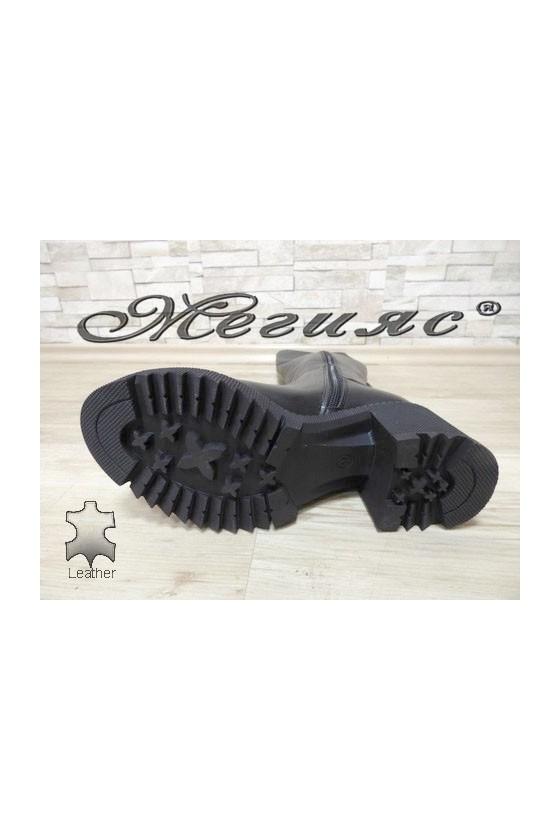 1029 Дамски ботуши тип чизми черни от естествена кожа