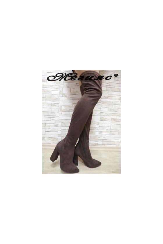 3322 Дамски ботуши тъмнокафяви  тип чизми от еко  велур