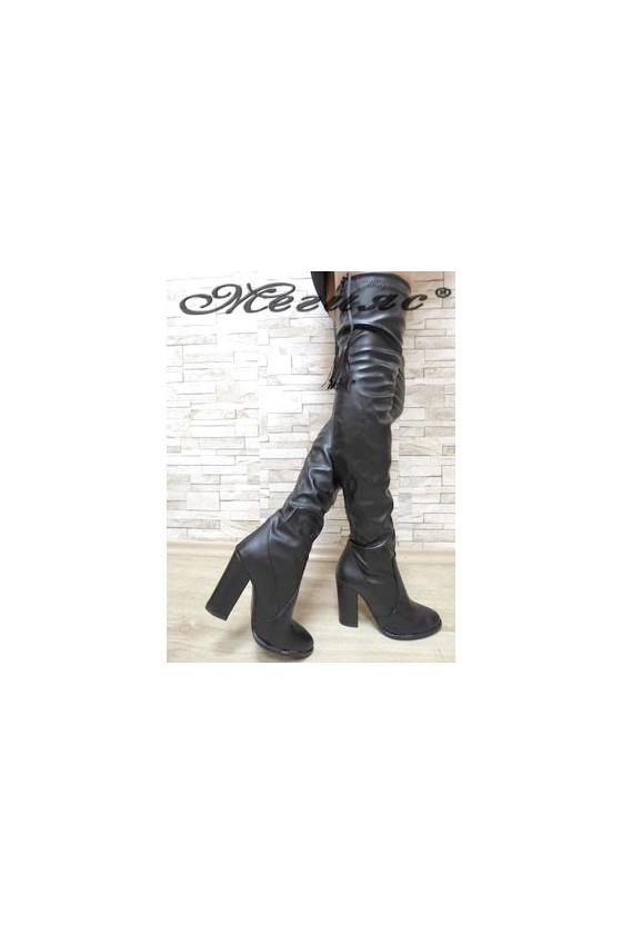 150 Women long boots black pu