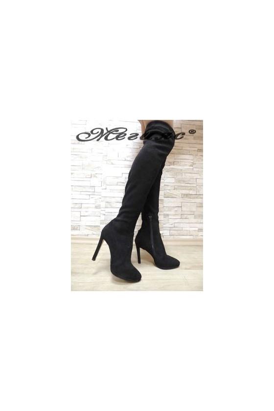 5965  Дамски ботуши тип чизми черни от велур