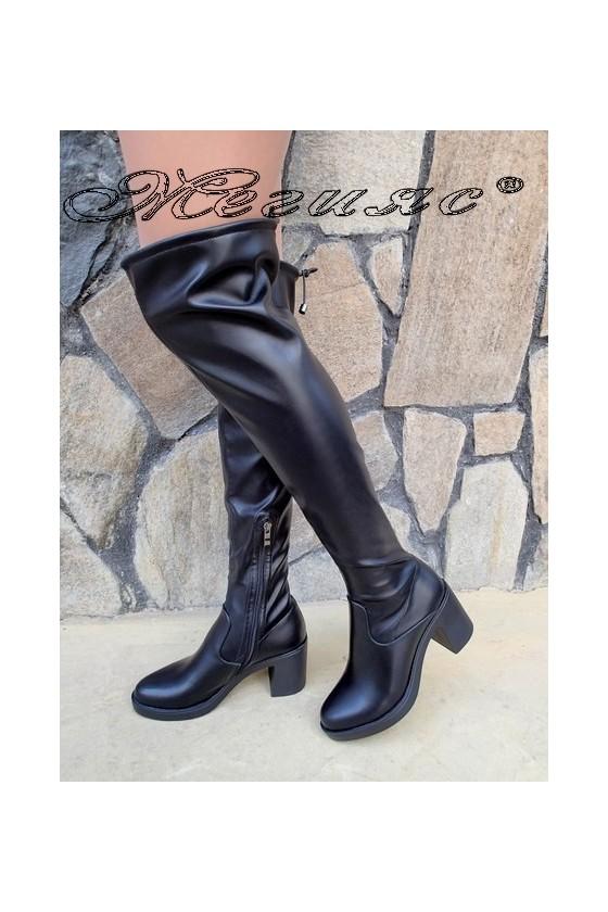 Дамски ботуши Carol 20W18-2034 черни на широк ток от еко кожа