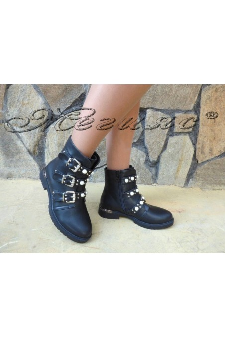 Women boots CASSIE 19-1486 black pu