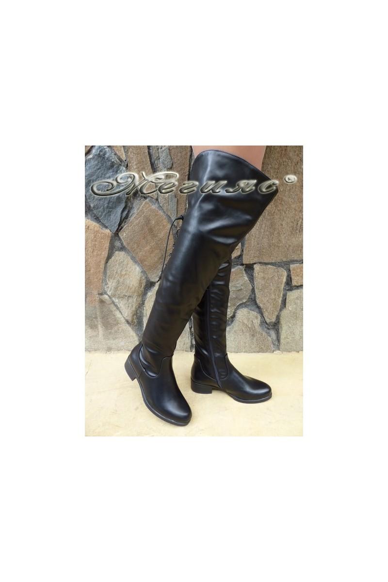 Дамски ботуши CASSIE 18-2502 черни от еко кожа