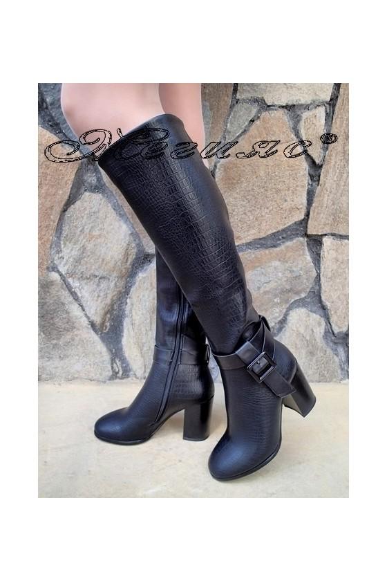 Дамски ботуши черни от еко кожа на висок ток
