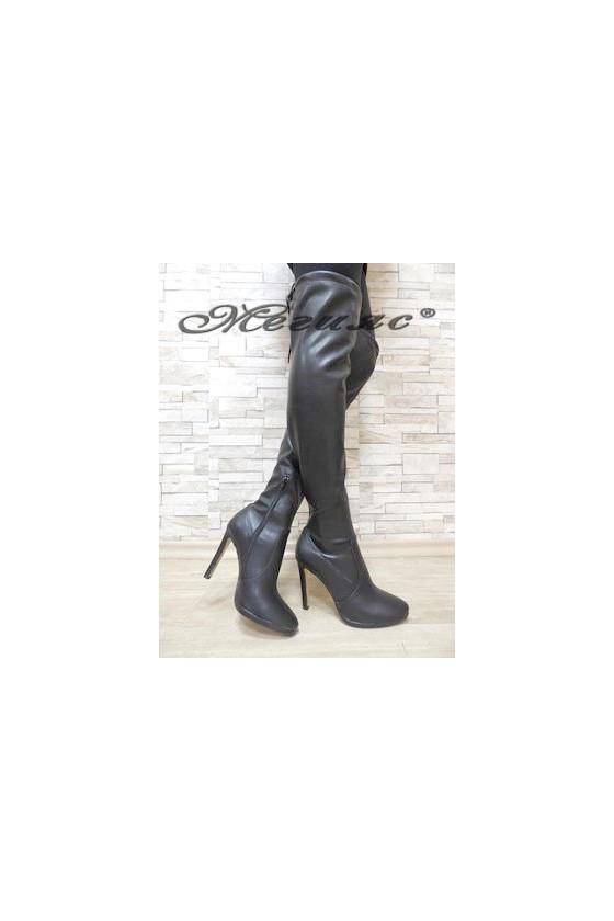 5965 Дамски ботуши тип чизми черни мат от еко кожа